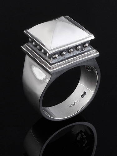 TOWER STUD RING